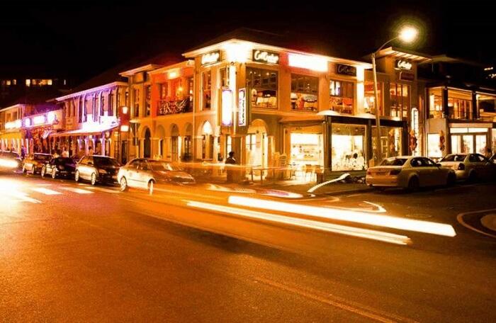 Second Avenue Café