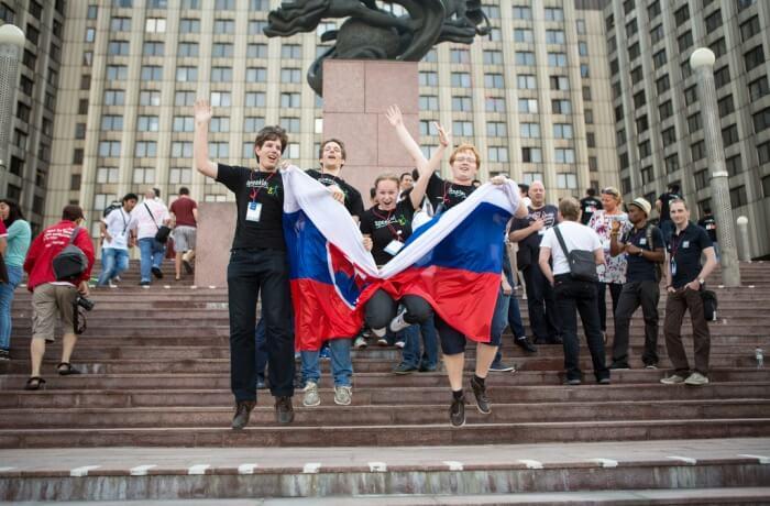 Slovakia Team Up