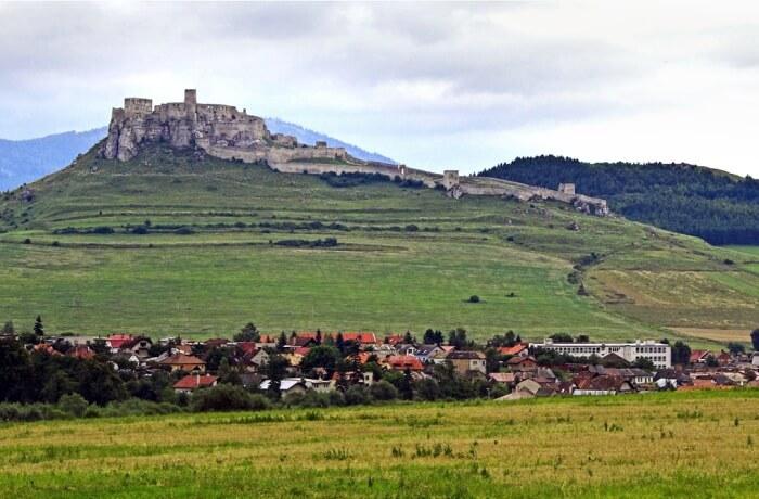 Spis Castle Take a walk through history