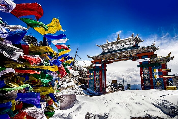 famous tawang valley gate in arunachal