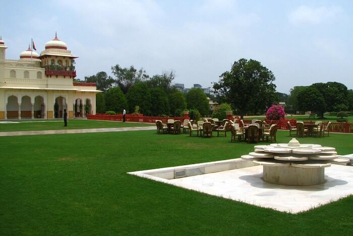 Where To Stay During Jaipur Kite Festival