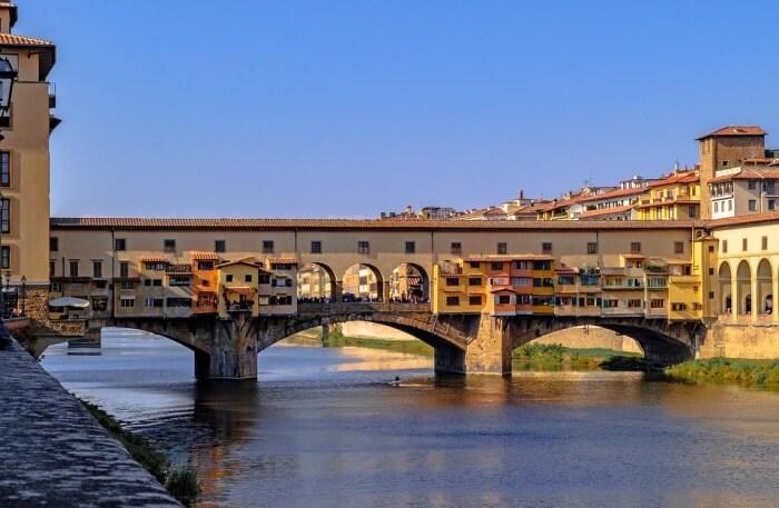 About Ponte Vecchio Bridge
