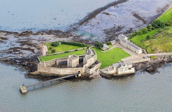 Explore The Blackness Castle