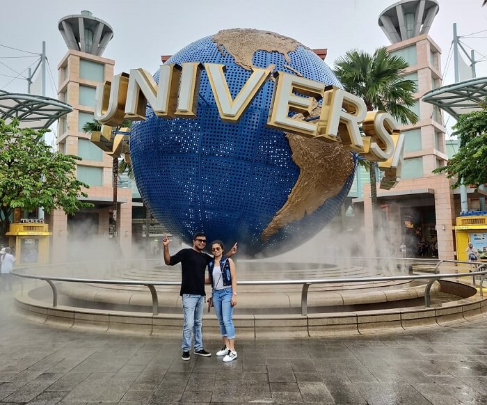 celebrating birthday at Universal Studio