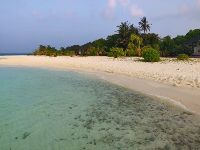 explore the islands at our own pace