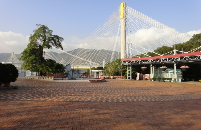 Lantau Link Visitors Centre And Viewing Platform