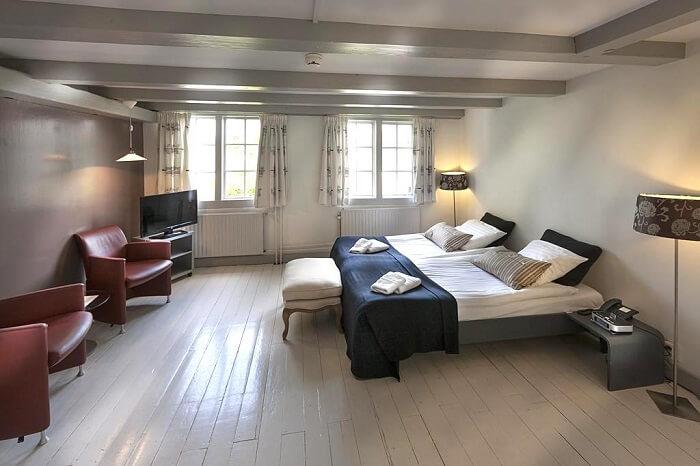 netherlands hotel