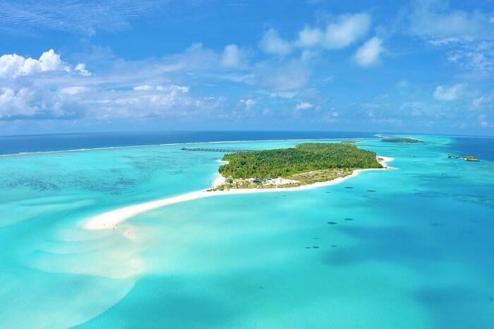 popular sun island in maldives
