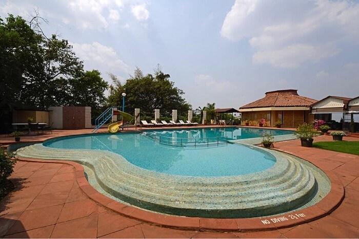 pool at The Dukes