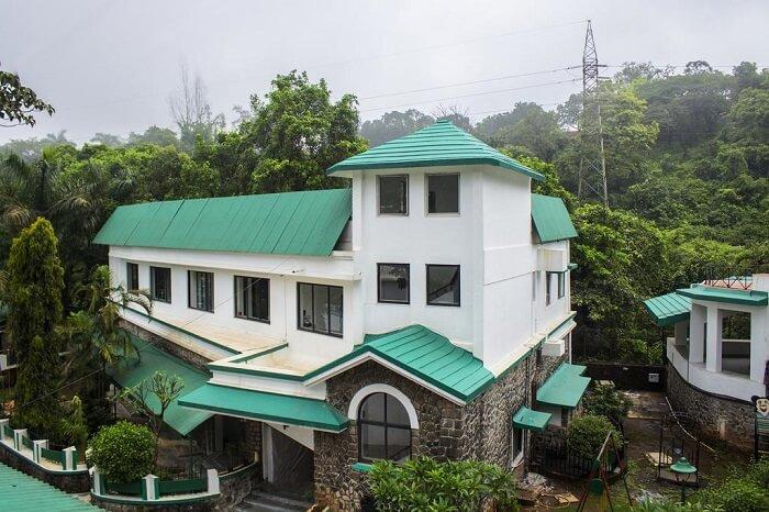 resort near mumbai exterior look