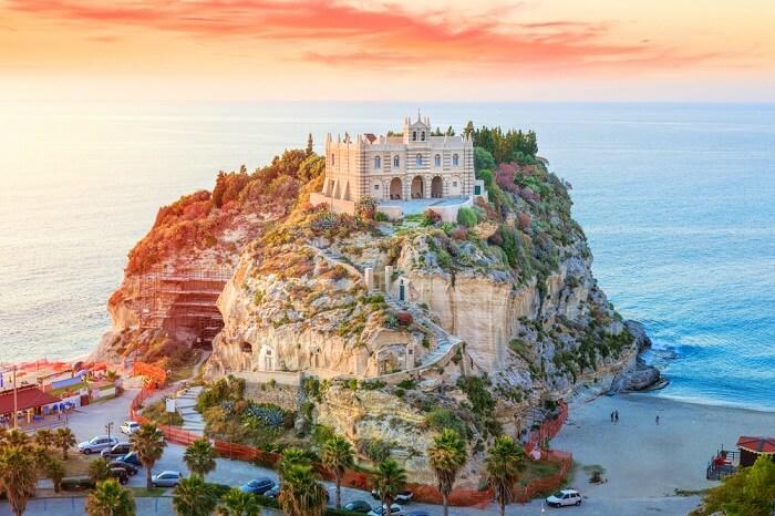 Calabria Travel blog cover