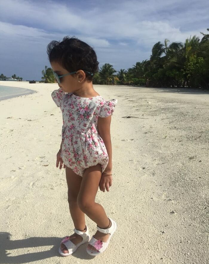 hopping the island with kid