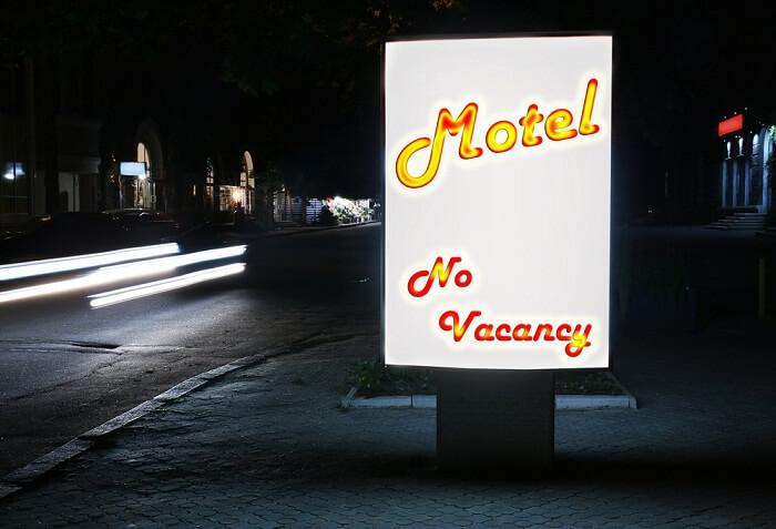 hotel no vacancy